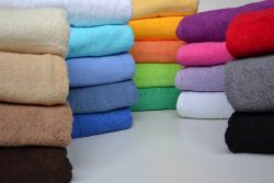 Ručníky a osušky froté pro ubytování hladké